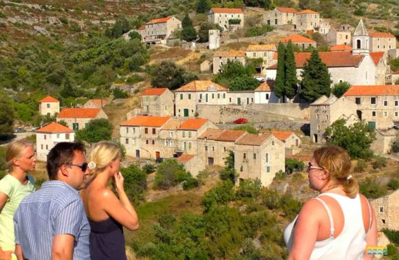 Private Hvar Island Discovery with picnic lunch