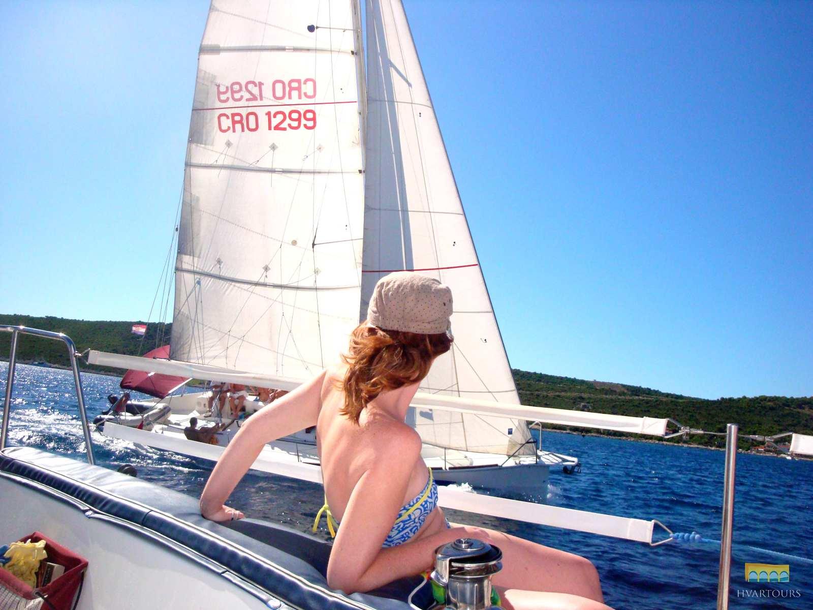 Sailing the Hvar archipelago