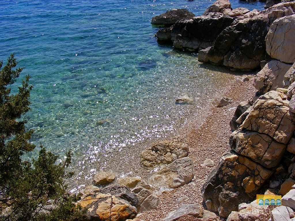 Hvar Cliffs and hidden lagoons