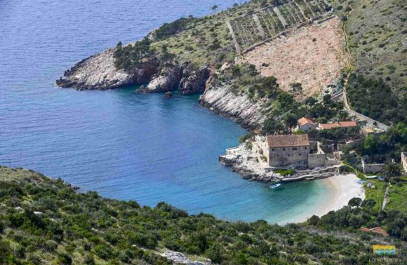 6 top beaches on Hvar